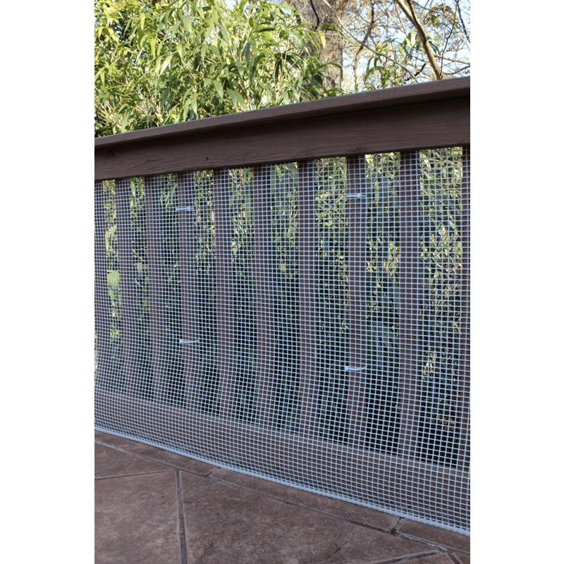 Cardinal gates heavy duty outdoor deck netting pet safety for Balcony covering nets