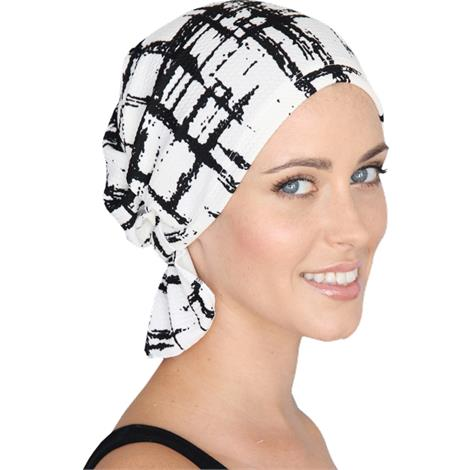 Chemo Beanies Erica Abstract Black & White Print Ruffle