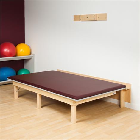 Clinton Classic Space Saving Folding Mat Platform